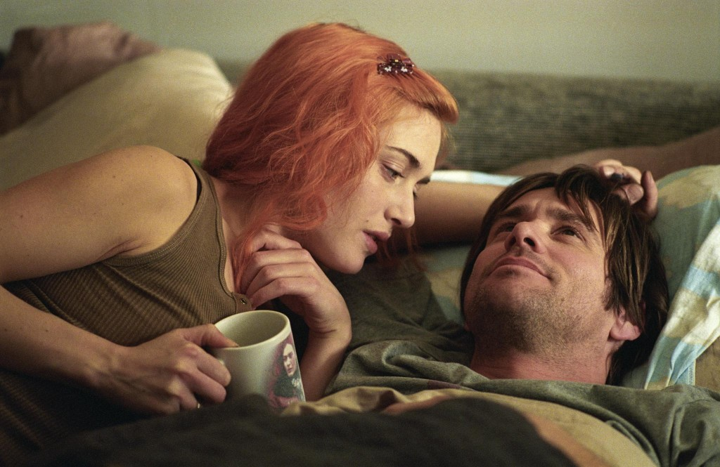 still-of-jim-carrey-and-kate-winslet-in-eternal-sunshine-of-the-spotless-mind-large-picture